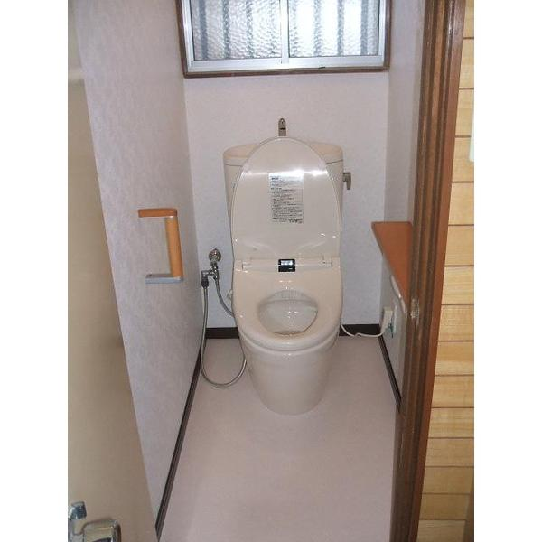 和式トイレから足腰に優しい洋式トイレに変更したリフォーム