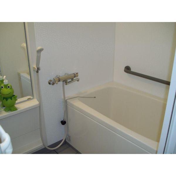 ゆったりと寛げる浴室