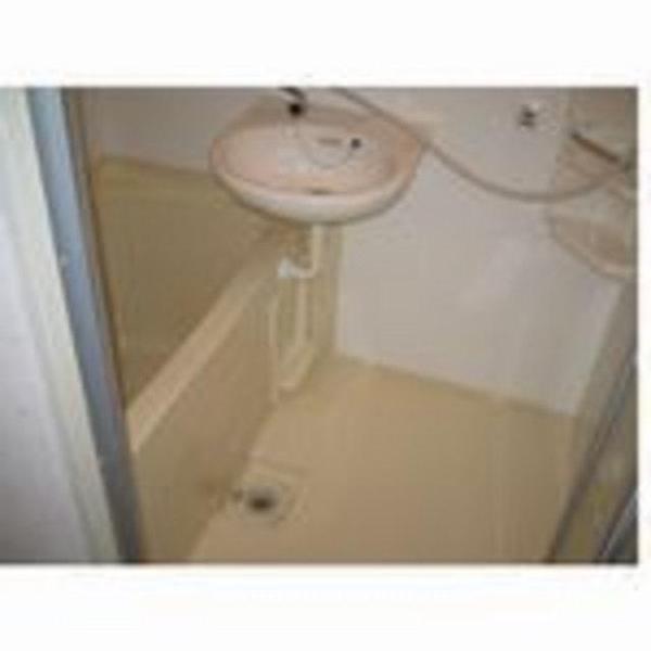 浴室とトイレを別々に