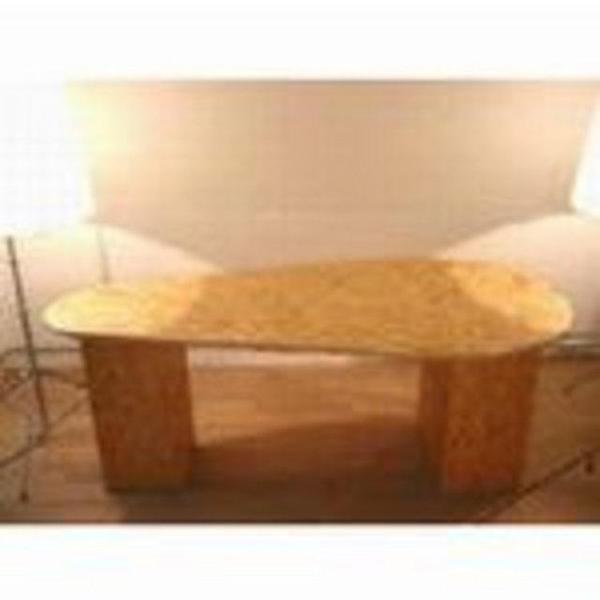OSBボードの家具