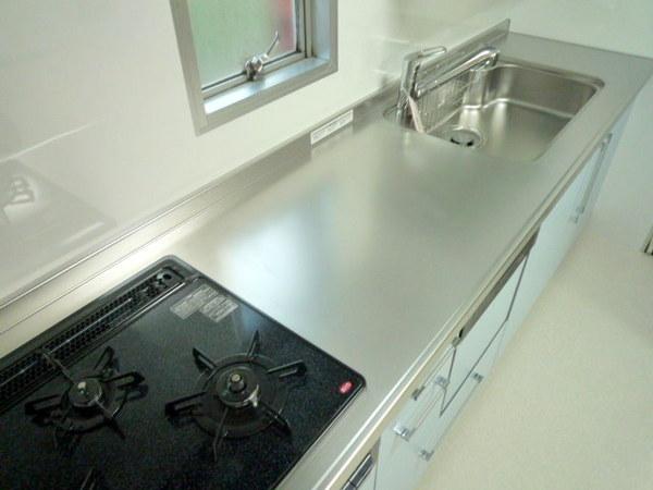 便利な食洗機つきシステムキッチン