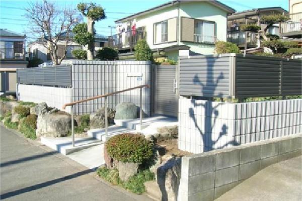 風情あるお庭を残した機能的な外構のリフォーム事例