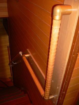 階段手すりで安心【階段】