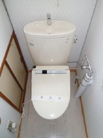 シンプルでさわやかなトイレ【トイレ】