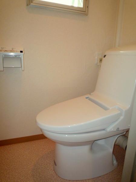 トイレを明るい空間にリフォーム!
