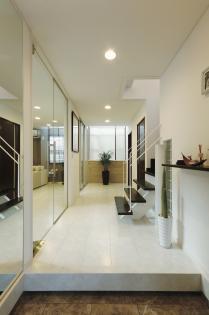 オープンスタイルの玄関
