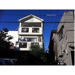 洋風3階建てのお家