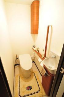 こだわりのタンクレストイレ