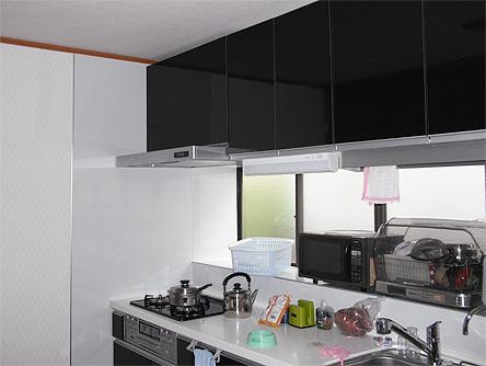 光が射し込むキッチン