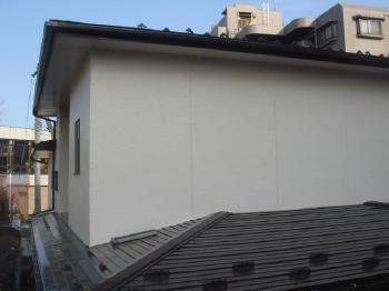 屋根とのコントラストを生かしたカラー