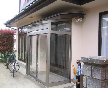 雨や風を防ぐ風除室で快適な玄関へ