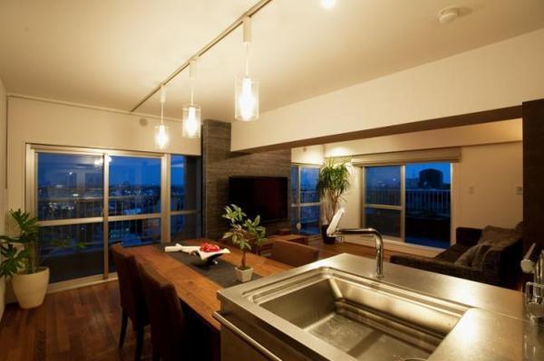 眺望のいいキッチンが家族を繋ぐ子育てに最適なレイアウト