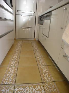 タイル張りでお掃除楽々なキッチン