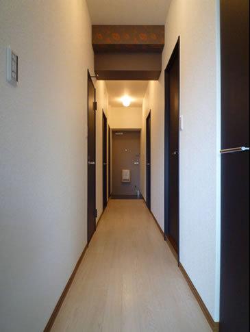 照明で玄関が生まれかわります