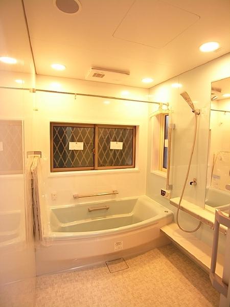 広々きれいなお風呂