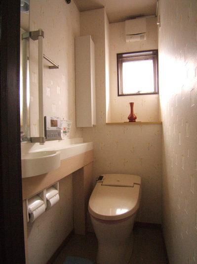 清潔感と落ち着きあるトイレ