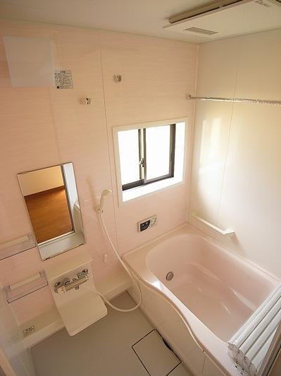 広々ゆったりできる浴室