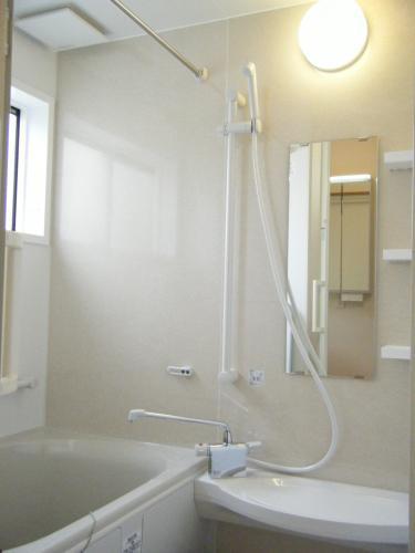 明るく爽やかな浴室