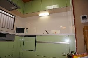 さわやかなグリーンが素敵なキッチン