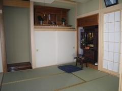 きれいで落ち着きある雰囲気の和室