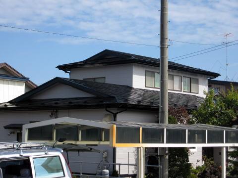 艶やかな屋根
