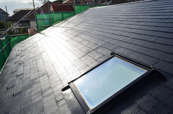 洗浄&塗装で新築のような屋根に