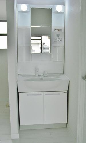 こだわりの真っ白キッチン