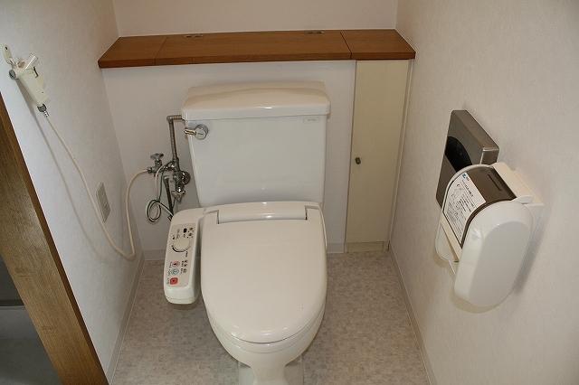 収納力抜群のトイレです