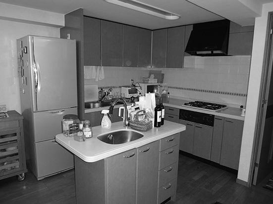 スッキリとした収納で生活感をなくすキッチンリフォーム