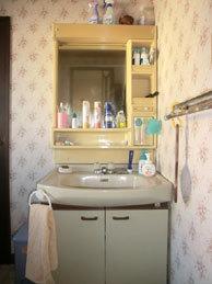 洗面化粧台の工事
