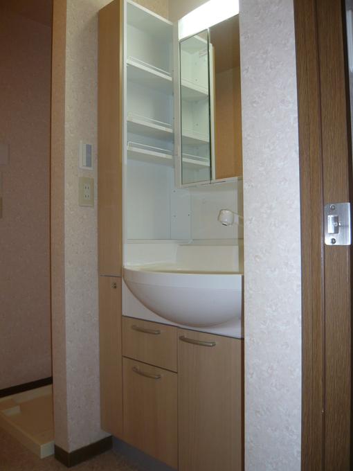 W750の3面鏡+W150サイドキャビネット
