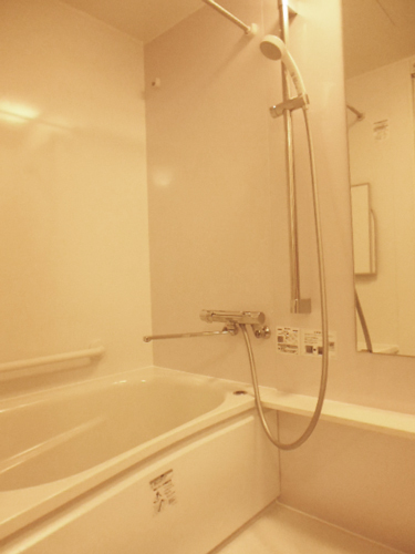マンション住みながら浴室、トイレ、洗面室を工事140万円