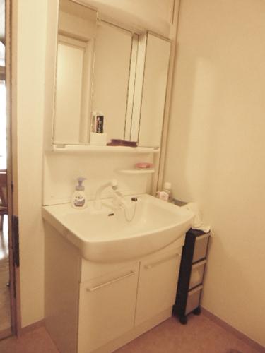 洗面台、洗濯機置場をリフォーム12万円!