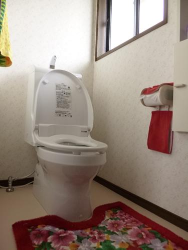 スッキリデザイン!ウォシュレット一体型トイレにして12万円!