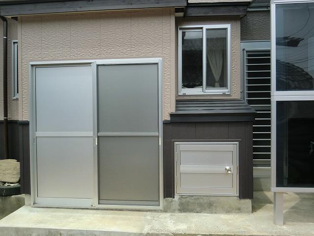外壁改修のついでにテラスや物置を設置