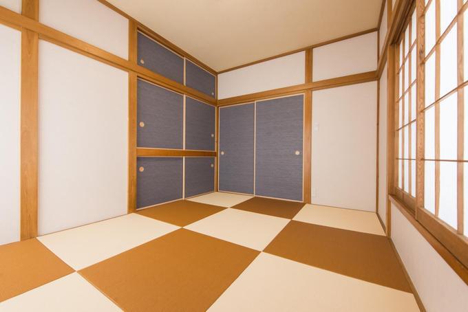 色付き畳のモダン和室