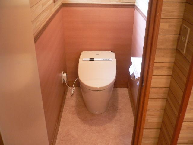 沼津市 I様邸 和式から様式トイレへのリフォーム事例