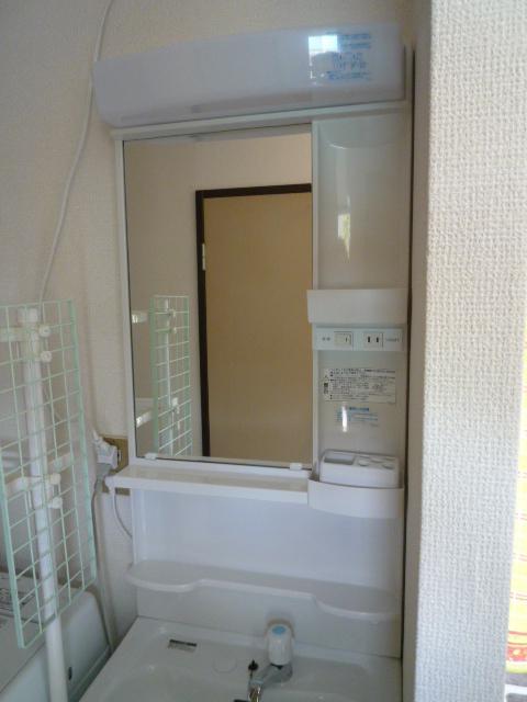 三島市 K様邸 古くなった洗面所のリフォーム事例