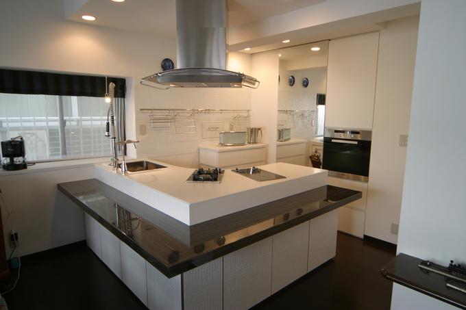 自社設計施工のオリジナルキッチン