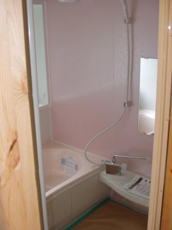 浴室も新しい位置で設置