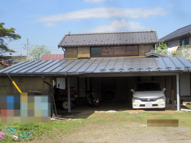 駐車場の屋根・鉄骨を塗装