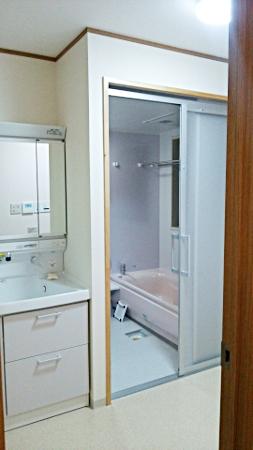 空間を有効活用で広々洗面所