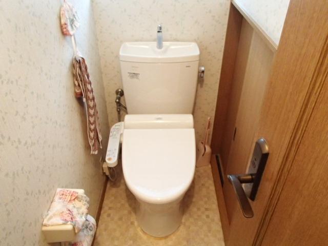 ウォシュレットのトイレに取替工事(豊田市)