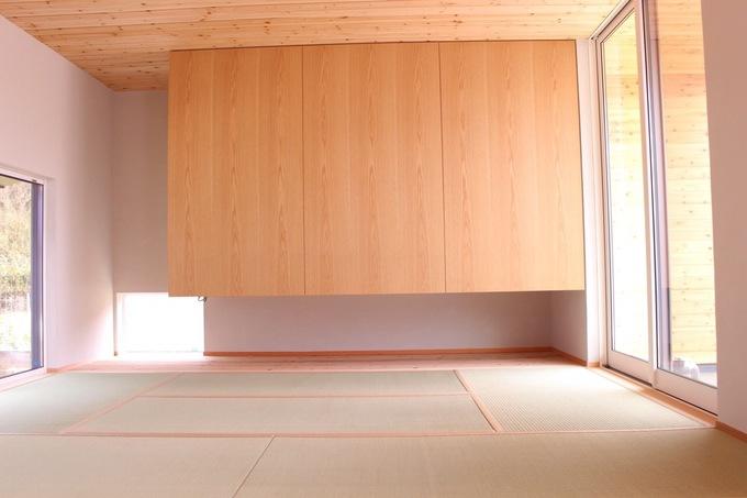 和室改装。シンプルなのにインパクトのある収納家具。