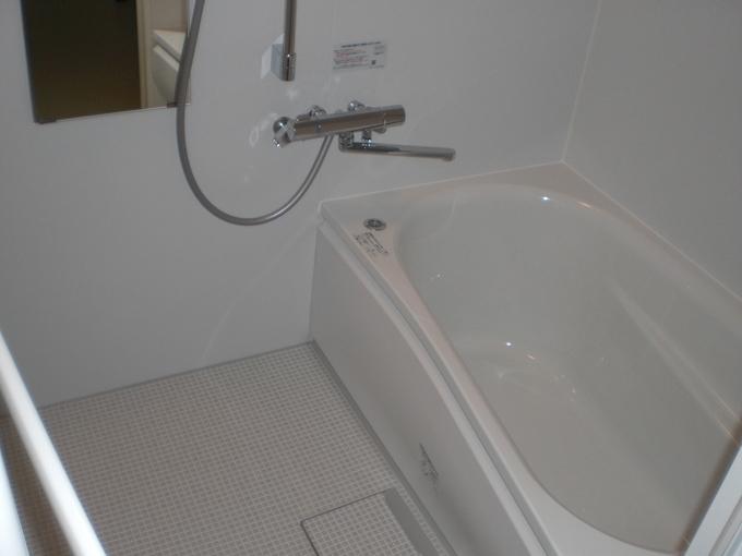 断熱材を入れ替え、温かい浴室になりました。