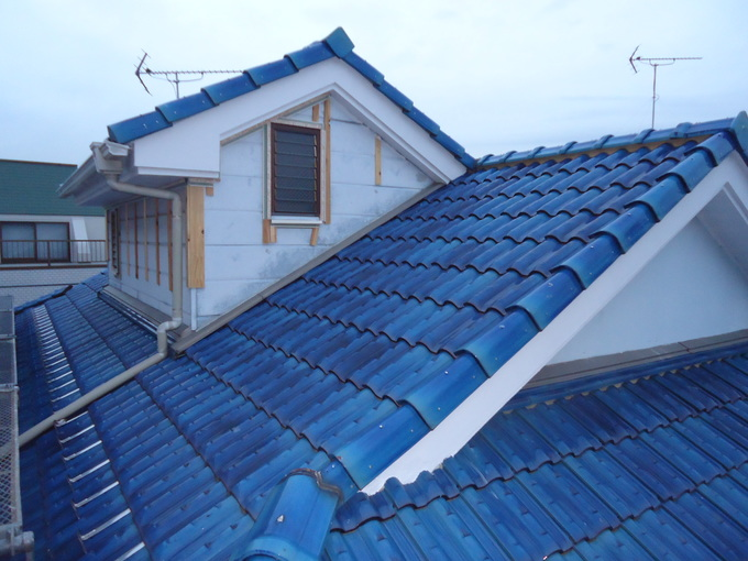 外壁もガルバリウム鋼板材へのカバー工法でメンテンスも軽減!