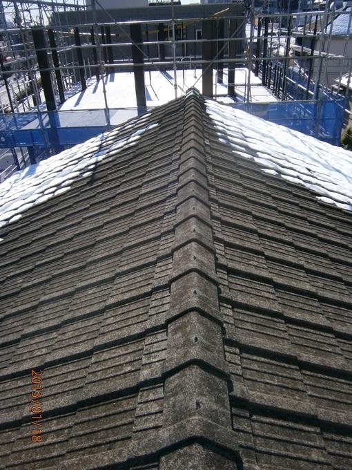ガルバリウム鋼板の屋根材で綺麗に、そして軽量化を!