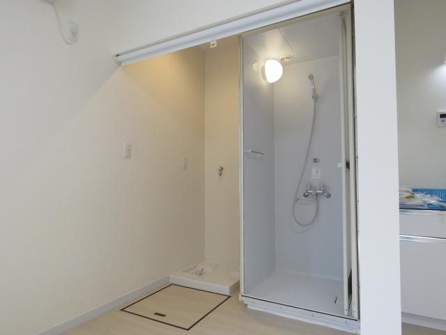整骨院に新規でシャワールームを設置