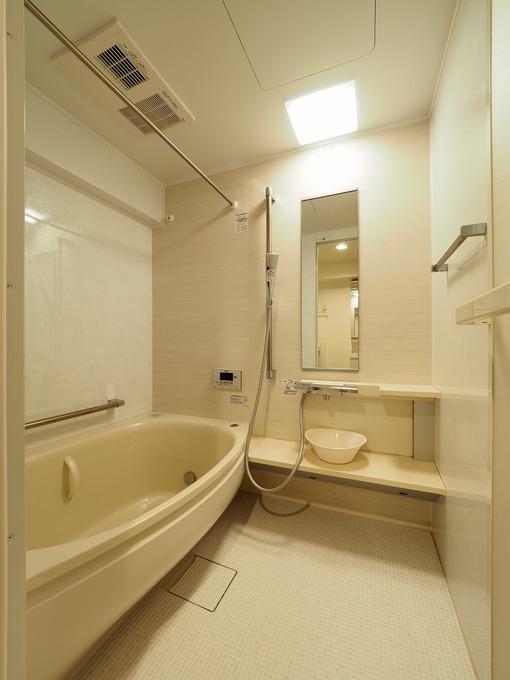 ひろびろ浴槽になったユニットバス