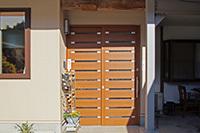 増築と位置変更で明るい玄関